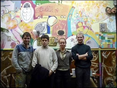 Декабрь 2008 процесс росписи стен